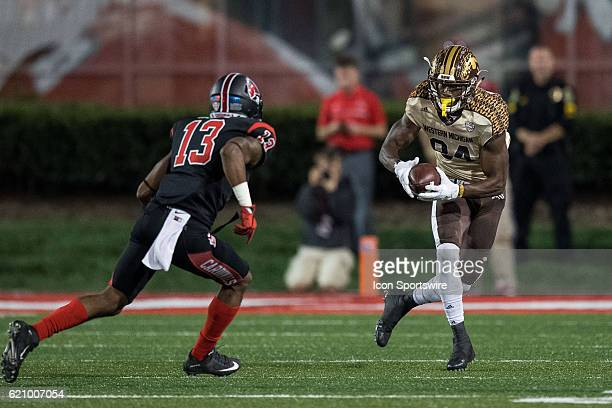 Western Michigan Broncos wide receiver Corey Davis runs after a catch during the NCAA football game between the Ball State Cardinals and Western...