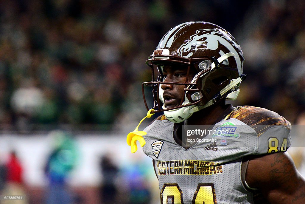 NCAA FOOTBALL: DEC 02 MAC Championship Game - Western Michigan v Ohio : News Photo