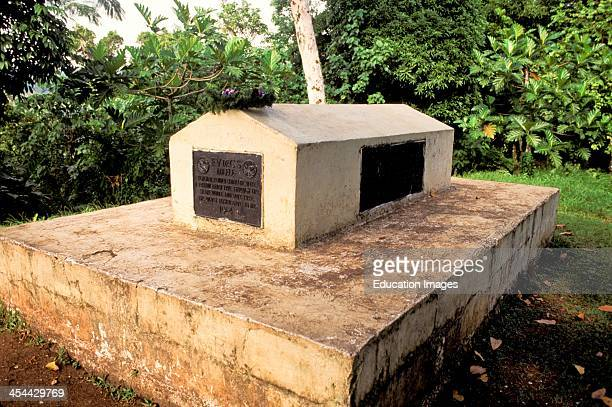 Western Samoa Island Of Upolu Mt Vaea Tomb Of Robert Louis Stevenson Where He Was Buried In 1894 Reached By Steep Hiking Path