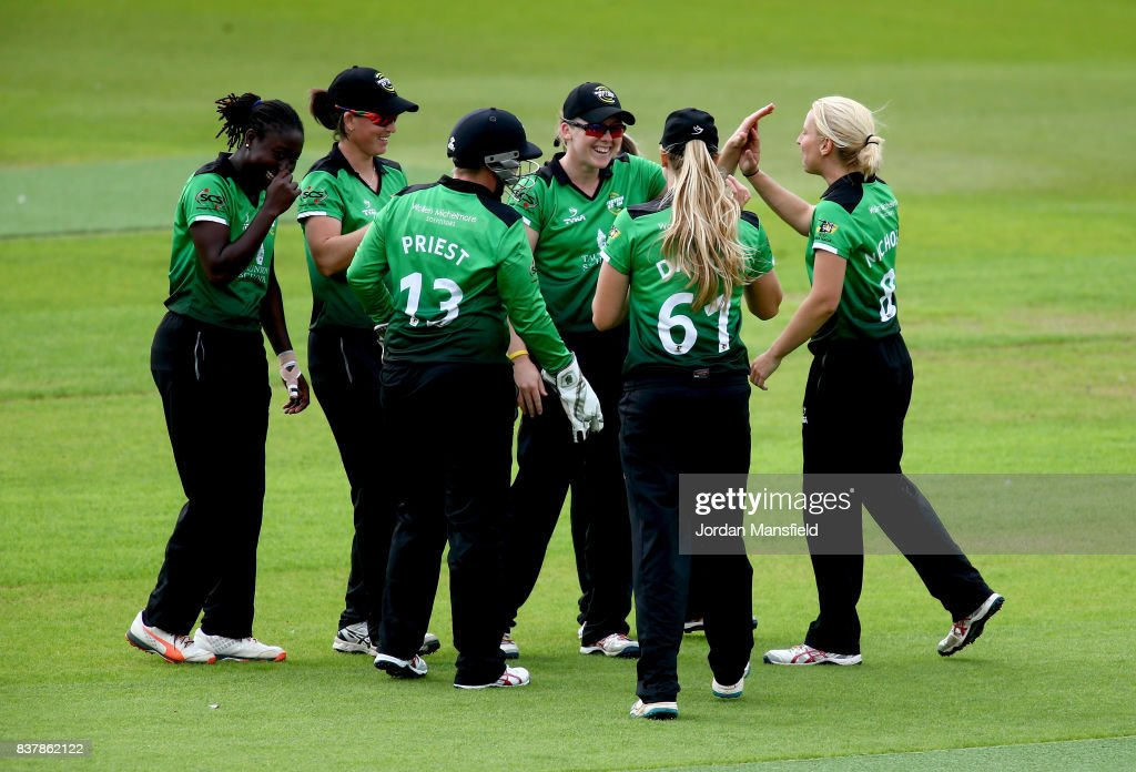 Western Storm celebrate dismissing Marizanne Kapp of Surrey during the Kia Super League match between Surrey Stars and Western Storm at The Kia Oval on August 23, 2017 in London, England.