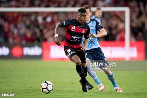 Western Sydney Wanderers midfielder Roly Bonevacia gets past Sydney FC midfielder Brandon O'Neill at the Hyundai ALeague match between Western...