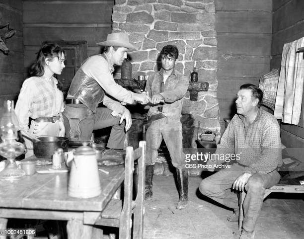 CBS western television program Johnny Ringo Episode The Raffertys Pictured from left to right Roxane Berard Don Durant Richard Bakalyan and Lon...