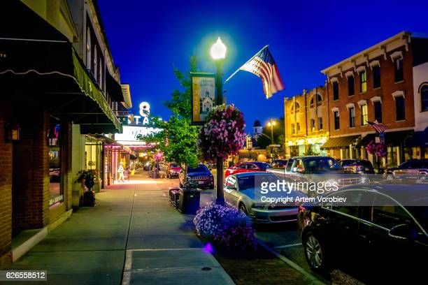 westerville ohio at night - ohio stock photos and pictures