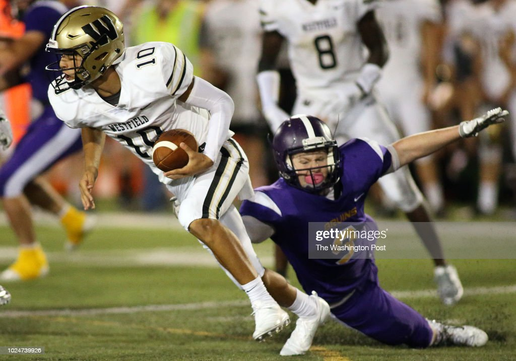 Westfield High School quarterback Noah Kim makes Lake