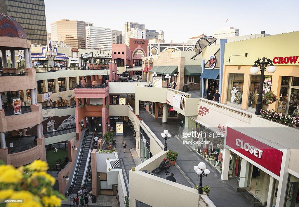 Westfield Horton Plaza in san diego : Stock-Foto