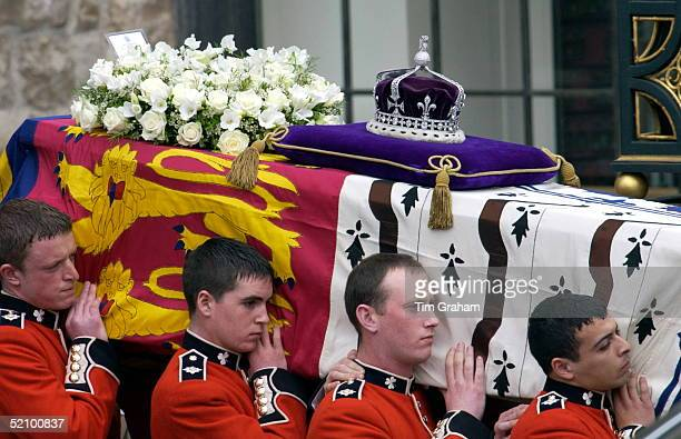 Westminster Abbey For The Funeral Of The Queen Mother Who Had Lived To The Age Of 101 Her Coffin Is Carried By Pallbearers From The Household...