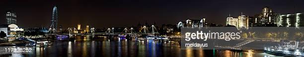 Westminster bei Nacht-Panoramablick