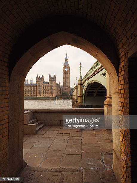 Westminster Bridge Over Thames River Seen From Arch