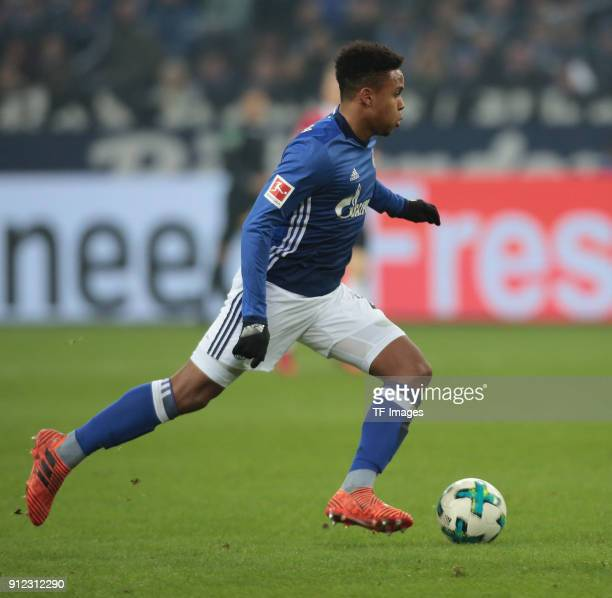 Weston James Earl McKennie of Schalke controls the ball during the Bundesliga match between FC Schalke 04 and Hannover 96 at VeltinsArena on January...