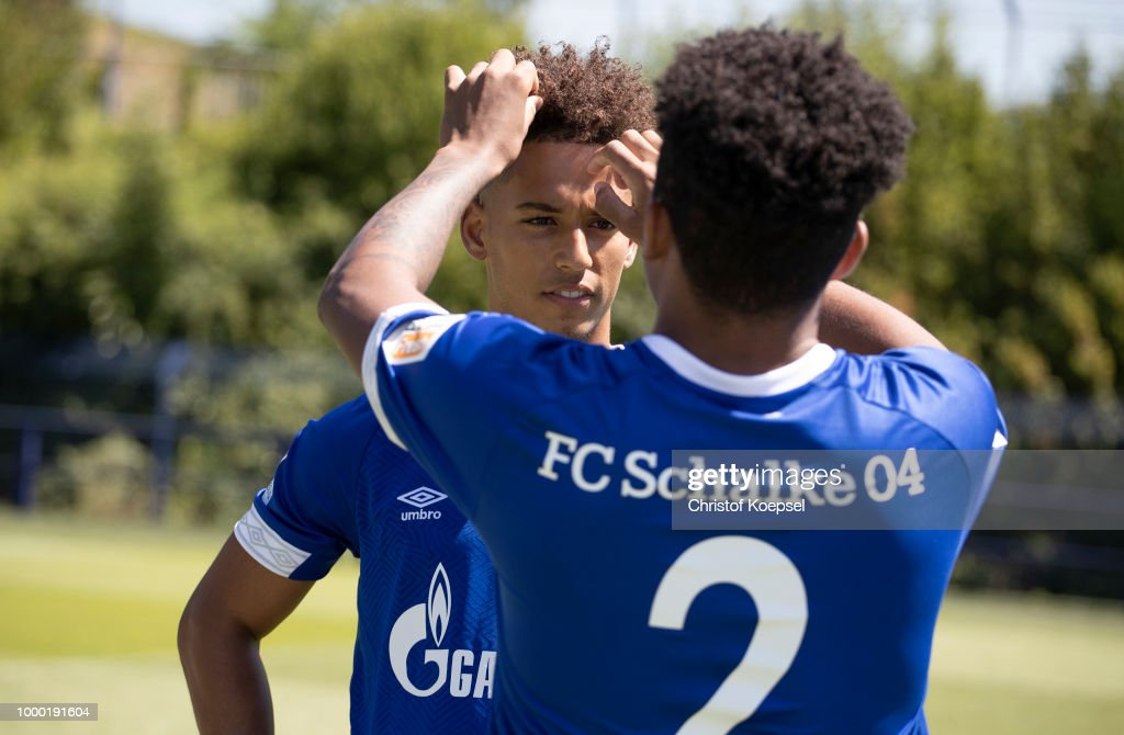Fc Schalke 04 Team Presentation Photos And Images Getty Images