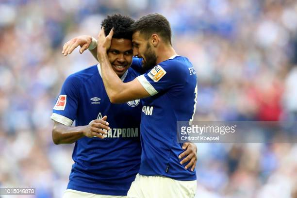 Weston McKennie of Schalke celebrates the first goal with Daniel Caligiuri during the friendly match between FC Schalke 04 v AFC Fiorentina at...