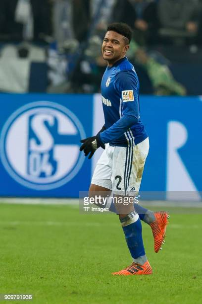 Weston McKennie of Schalke injured during the Bundesliga match between FC Schalke 04 and Hannover 96 at VeltinsArena on January 21 2018 in...