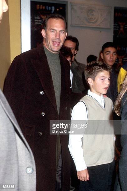 Westwood CA Kevin Costner with his son Joe attending the Los Angeles premiere of the new movie Any Given Sunday Photo by Brenda Chase Online USA Inc