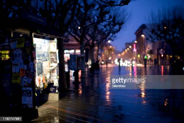 a wet evening on campus - uc berkeley stock pictures, royalty-free photos & images