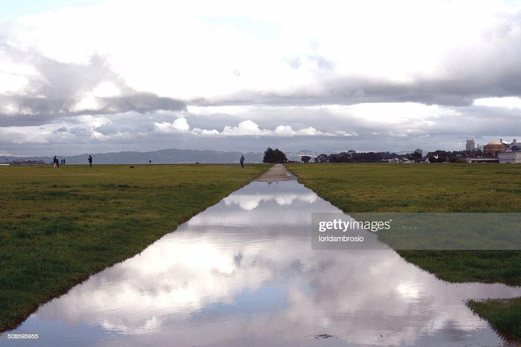 Wet pathway : Stock Photo