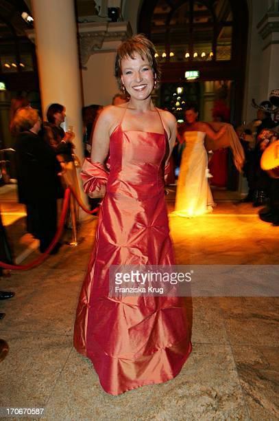 Wetterfee Andrea Ballschuh Beim Frankfurter Opernball In Der Alten Oper Am 260205