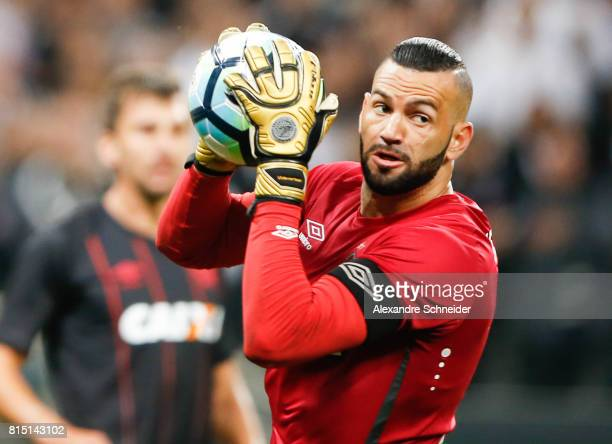 Weverton of Atletico PR in action during the match between Corinthians and Atletico PR for the Brasileirao Series A 2017 at Arena Corinthians Stadium...