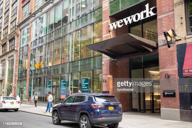 wework co-working space - nyc - the we company stock-fotos und bilder
