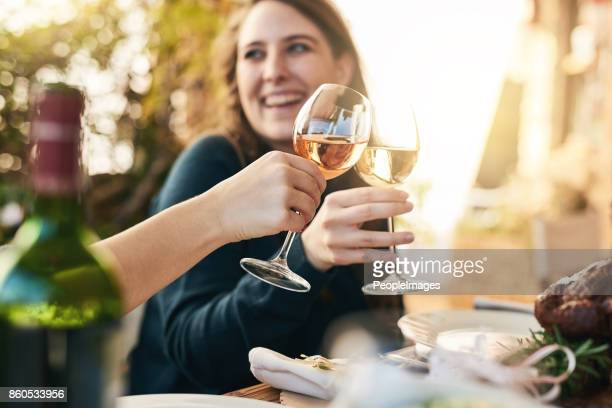 was für ein toller tag so weit - trinken stock-fotos und bilder