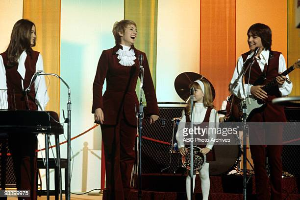 FAMILY 'What And Get Out of Show Business' 9/25/70 Susan Dey Shirley Jones Suzanne Crough David Cassidy