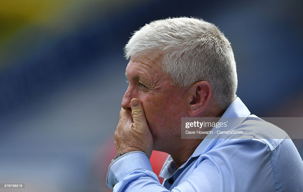 What have I taken on thinks Huddersfield Giants' Head coach Andy Kelly during the First Utility Super League Round 22 match between Huddersfield Giants and St Helens at the John Smith's Stadium on July 17, 2016 in Huddersfield, England.