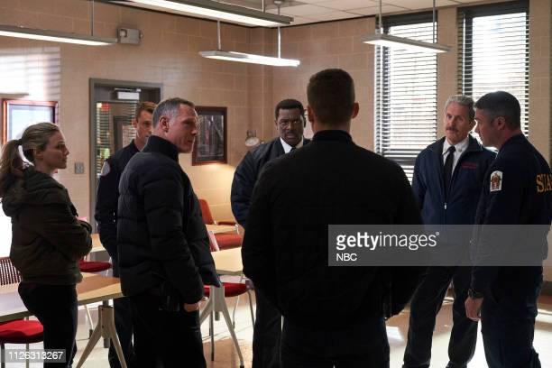 FIRE What I Saw Episode 715 Pictured Tracy Spiridakos as Hailey Upton Jesse Spencer as Matthew Casey Jason Beghe as Hank Voight Eamonn Walker as...