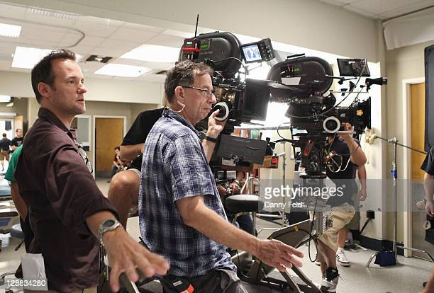 S ANATOMY What Is It About Men The doctors of Seattle Grace are called upon to man up when a stampede at a comic book convention causes an influx of...