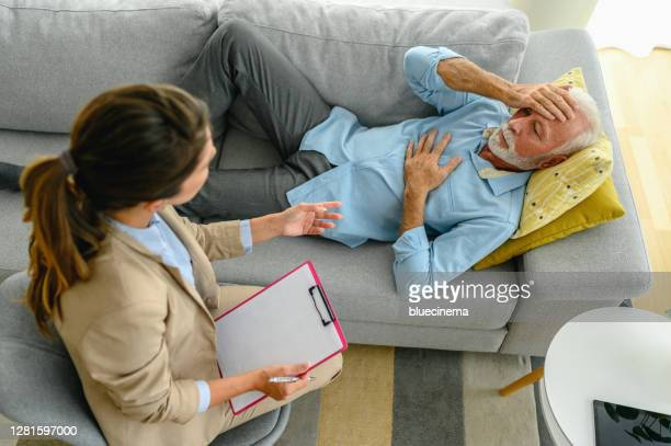 what should i do? - psychiatrist's couch stock pictures, royalty-free photos & images