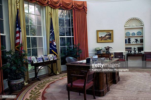 What the White House Oval Office looked like during Ronald Reagan's time in office as President