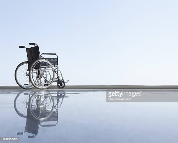 Wheel chair with horizon