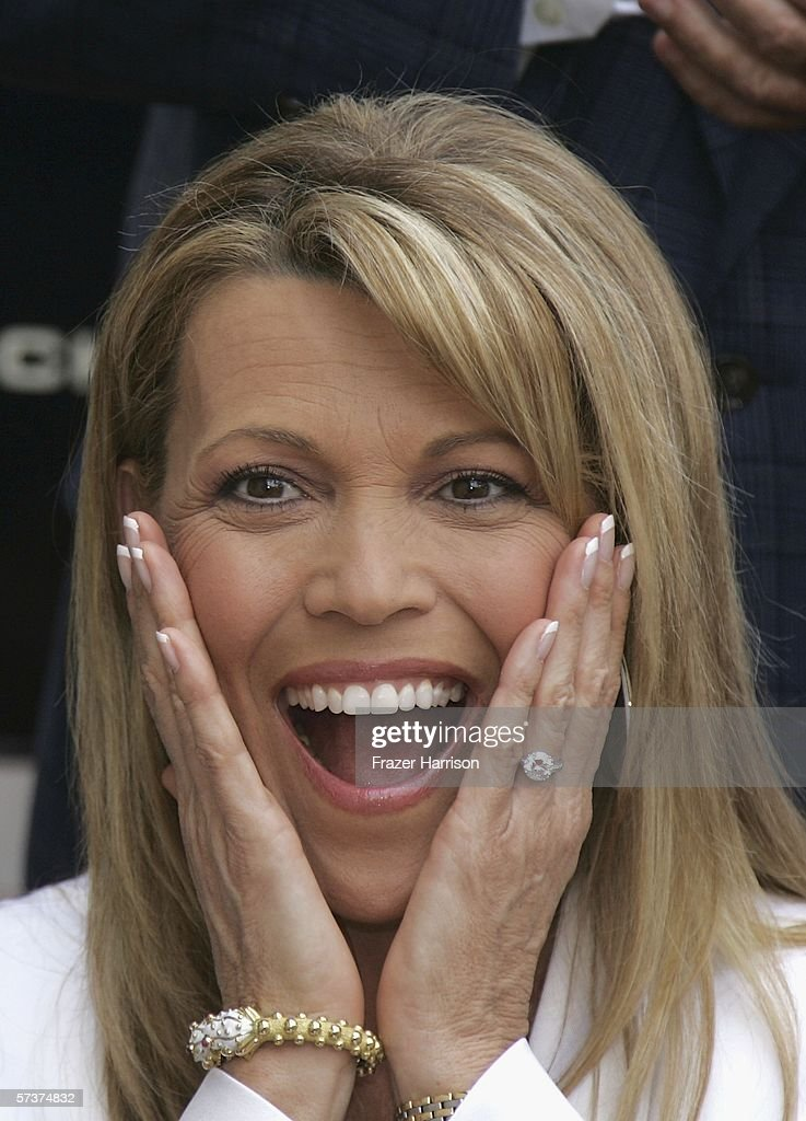 Vanna White Receives A Star On The Walk Of Fame : News Photo