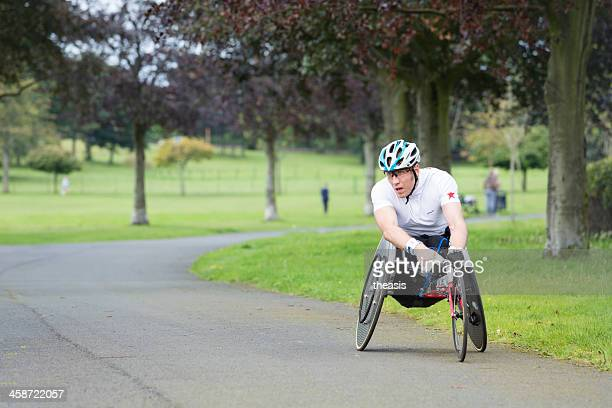 wheelchair athlete - theasis stockfoto's en -beelden