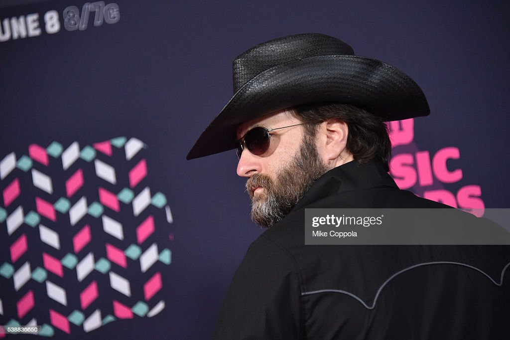 2016 CMT Music Awards - Arrivals : News Photo
