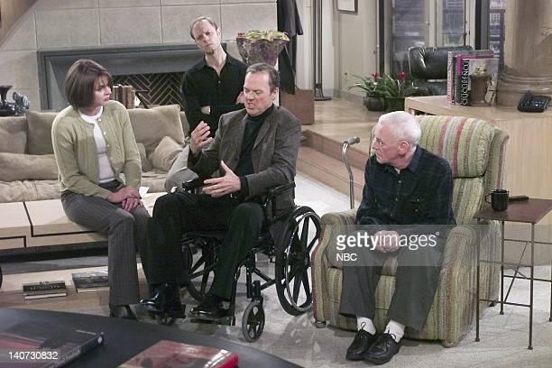 FRASIER Wheels of Fortune Episode 16 Pictured Jane Leeves as Daphne Moon David Hyde Pierce as Dr Niles Crane Michael Keaton as Blaine Sternin John...