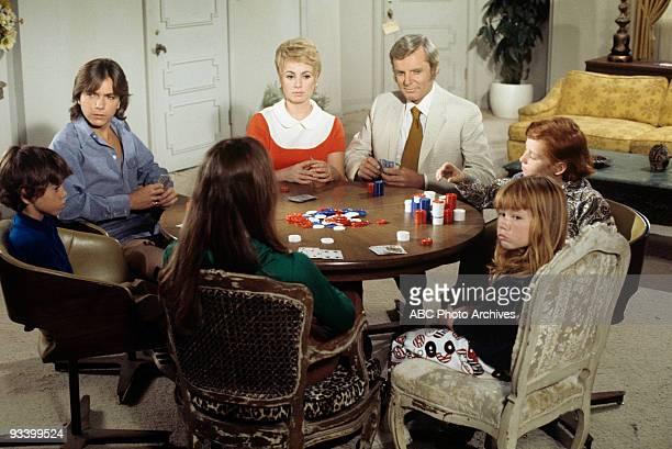 FAMILY 'When Mother Gets Married' 10/23/70 Jeremy Gelbwaks David Cassidy Susan Dey Shirley Jones John McMartin Suzanne Crough Danny Bonaduce