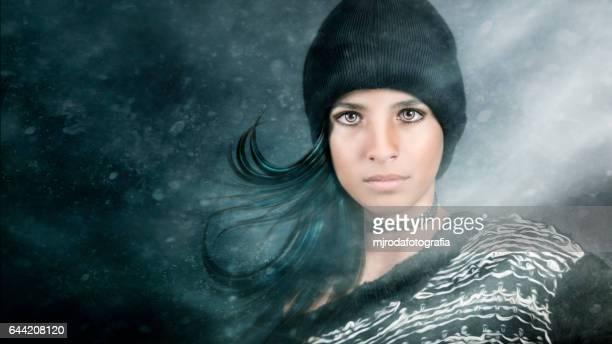 when the cold comes... - mjrodafotografia fotografías e imágenes de stock