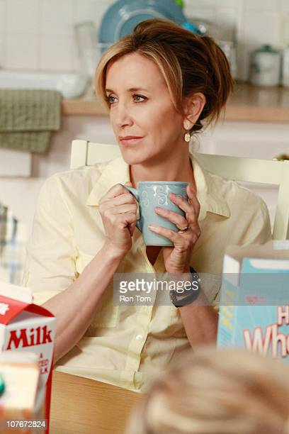 HOUSEWIVES Where Do I Belong While Susan continues to undergo dialysis she is stunned when her flighty mother Sophie along with her Aunt Claire pays...