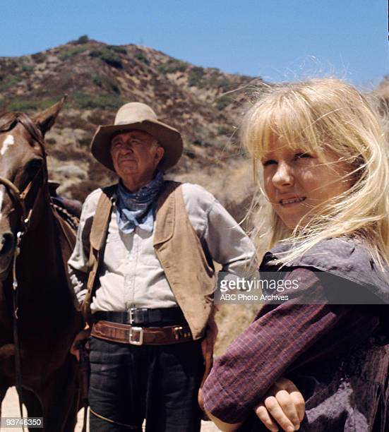 SONNETT Where There's Hope Season Two 9/3/68 Will and Jeff encounter a traumatized little girl whose parents were killed and try to find a home for...