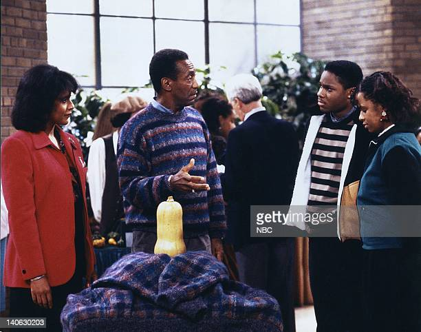 """Where's Rudy?"""" Episode 10 -- Pictured: Phylicia Rashad as Clair Hanks Huxtable, Bill Cosby as Dr. Heathcliff 'Cliff' Huxtable, Malcolm-Jamal Warner..."""