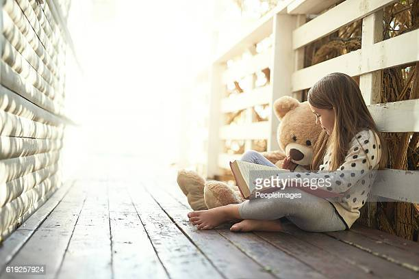which story should we ready next teddy? - storytelling stock pictures, royalty-free photos & images