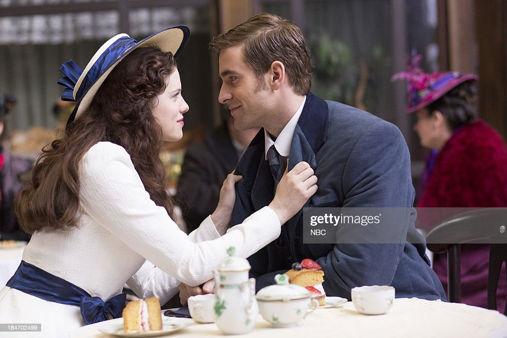 DRACULA -- 'A Whiff of Sulfur' Episode 2 -- Pictured: (l-r) Jessica De Gouw as Mina Murray, Oliver Jackson-Cohen as Jonathan Harker --