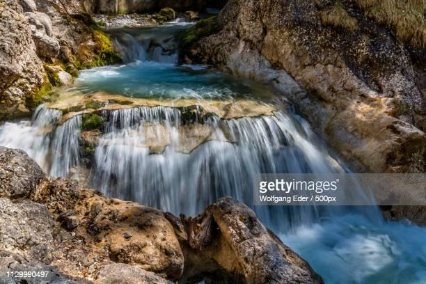 Whirlpool Mit Wasserfall Whirlpool With Waterfall