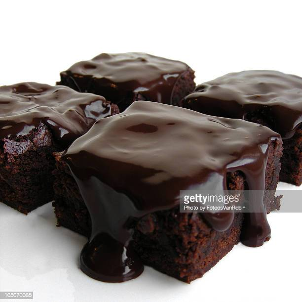 whiskey chocolate brownies - brownie stock pictures, royalty-free photos & images