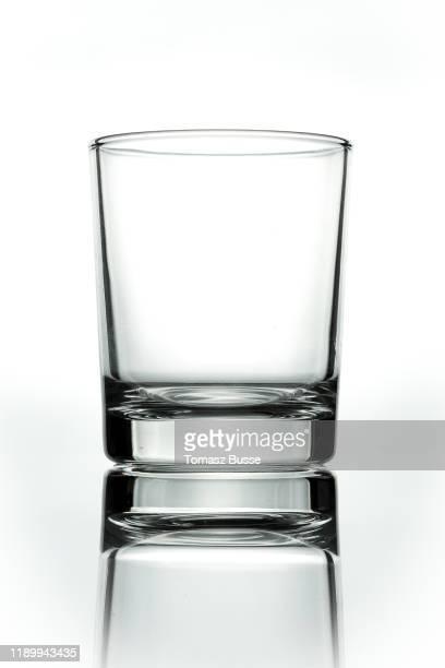whiskeyglas - glas stock-fotos und bilder
