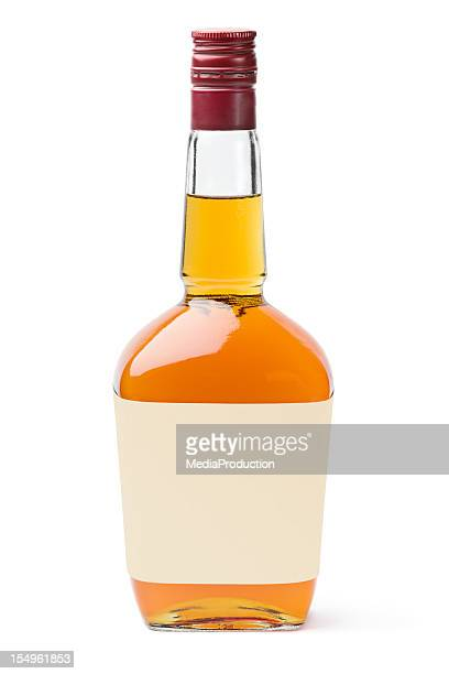 whisky with blank label - fles stockfoto's en -beelden