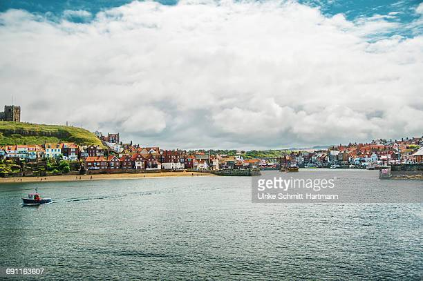 whitby harbour - whitby north yorkshire england stock pictures, royalty-free photos & images