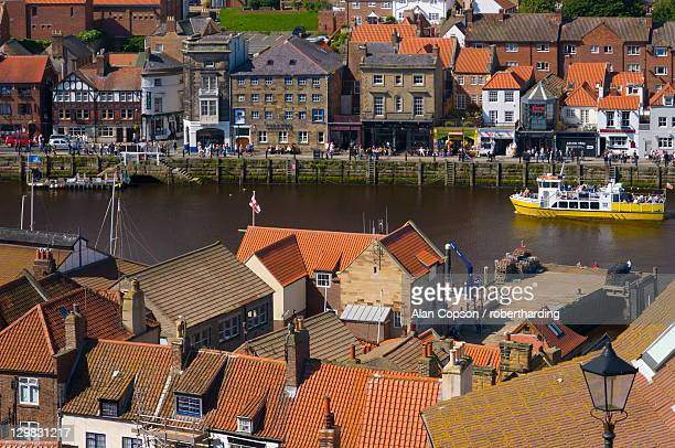 whitby, north yorkshire, yorkshire, england, united kingdom, europe - alan copson stock pictures, royalty-free photos & images