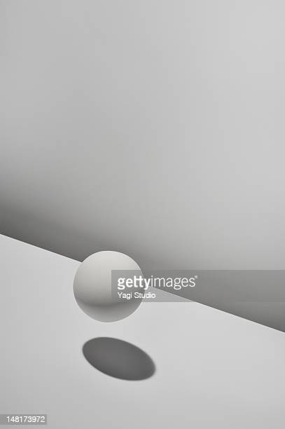 white ball with white background - 球形 ストックフォトと画像