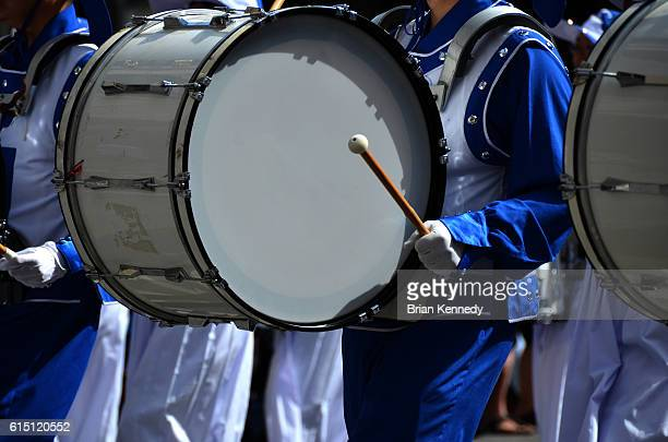 white bass drum in parade - marching band stock pictures, royalty-free photos & images