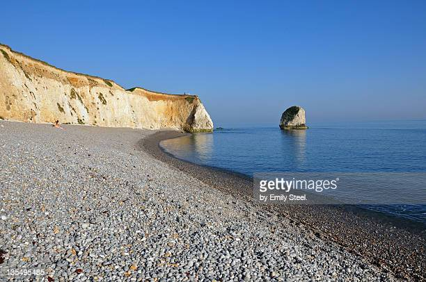 white chalk cliffs of freshwater bay - isle of wight stock pictures, royalty-free photos & images